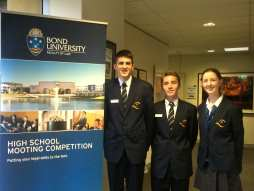 OWSHS competes in 2015 Bond University Mooting Competition